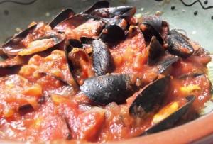 Mejillones con tomate by T®e